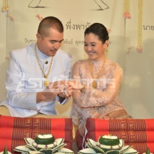 ไก่ มีสุข คิม พงศกร แต่งงาน 010